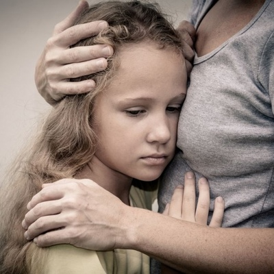 Без паники: Как говорить с детьми о депрессии и суициде