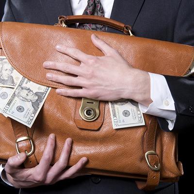 Названы имена нардепов, которых подозревают в неуплате 150 млн грн налогов