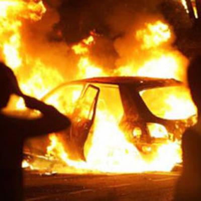 В Одессе в машине сожгли человека