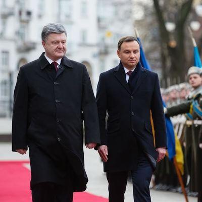 Порошенко провел переговоры с президентом Польши: детали разговора