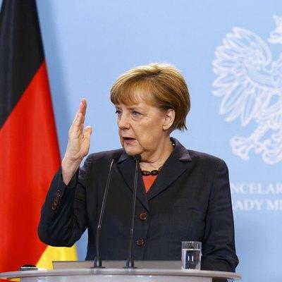 «Минск» пока не выполнен, но он остается базой, - Меркель