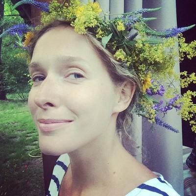 Катя Осадчая впервые рассказала, как совмещала беременность и сложный рабочий график