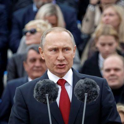 Путин решил вернуть в Украину Донецк и Луганск - эксперт (видео)