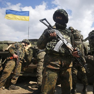 В киевский госпиталь прибыли десять раненых бойцов АТО