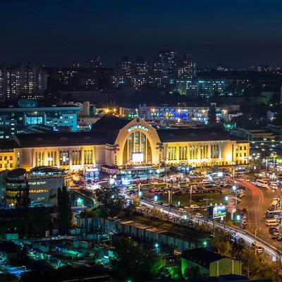 В Киеве сразу несколько маршрутов общественного транспорта обновили автопарк