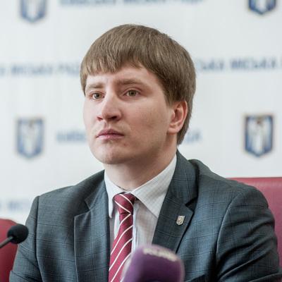 Владимир Бондаренко: «Территорию возле памятника Елене Телиге оборудуют видеонаблюдением»