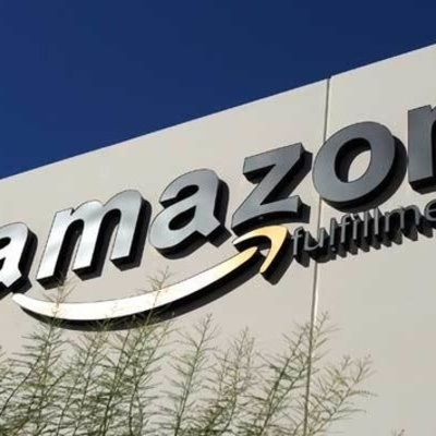 «Укрпочта» планирует ввести в Украине Amazon