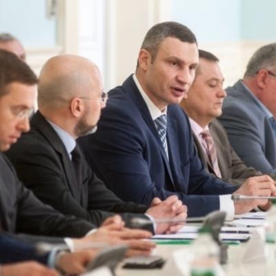 Виталий Кличко и «Нефтегазовая Ассоциация» подписали меморандум о сотрудничестве в борьбе с нелегальными газовыми заправками