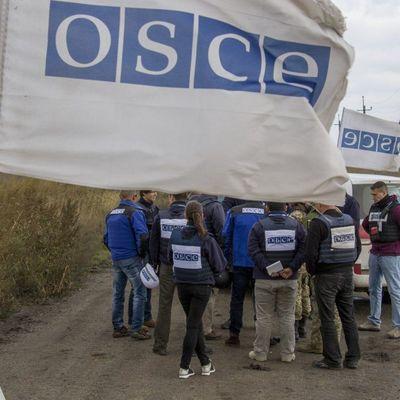 Миссия ОБСЕ за минувшие сутки зафиксировала около 750 взрывов на Донбассе