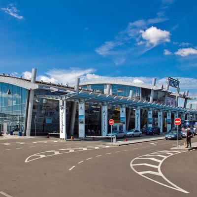 На территории аэропорта «Киев» построят отель и расширят автостоянку