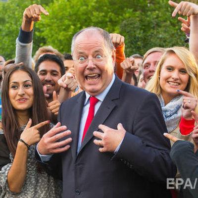 Бывший министр финансов Германии решил стать стендап-комиком