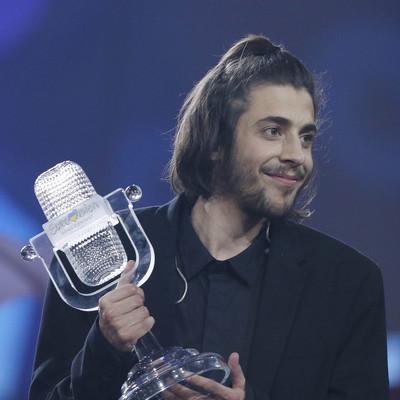 Тяжелая болезнь и дворянские корни: что известно о победителе Евровидения