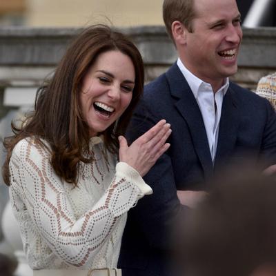 Королевский уик-энд: Кейт Миддлтон и принц Уильям посетили чайную вечеринку (фото)