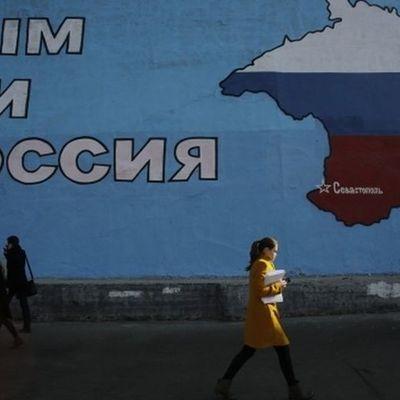 Полторак анонсировал решения для возвращения оккупированных Крыма и Донбасса