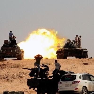 Более 140 человек погибли в результате нападения на авиабазу в Ливии