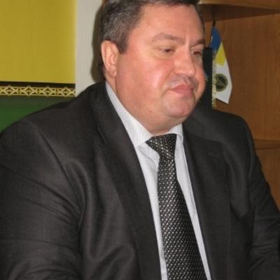 Экс-главу налоговой Днепропетровщины арестовали с залогом 100 млн грн