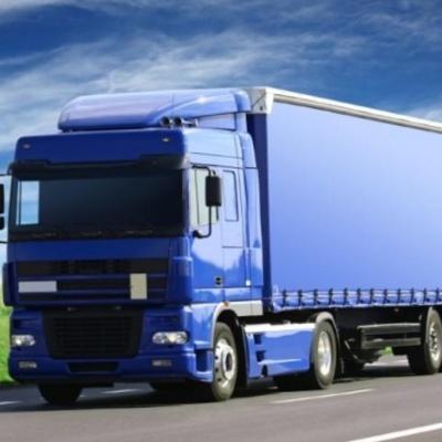 В Украине ввели запрет на движение больших грузовиков