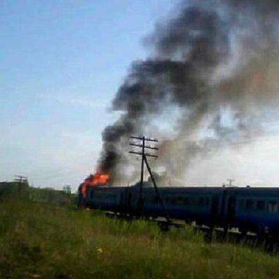 В Винницкой области загорелся дизельный поезд со 130 пассажирами (фото)