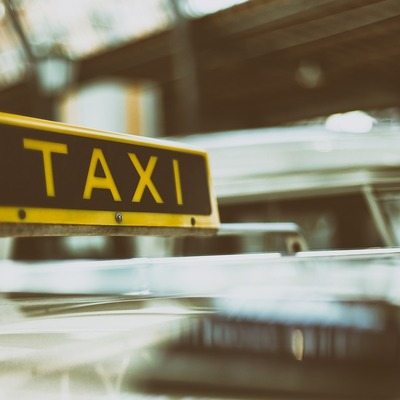 В Украине подорожали услуги такси