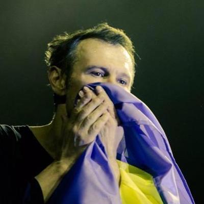 Защищали от Святослава Вакарчука: Журналист высмеял боевиков после концерта
