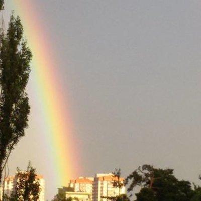 Волшебно: в Киеве после дождя – двойная радуга (фото)