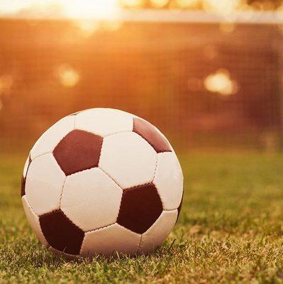 Футбольные матчи могут существенно сократить