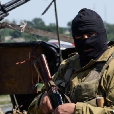 Террористы ударили из минометов по жилым кварталам Марьинки, является ранена
