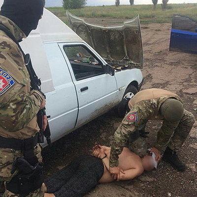 В Донецкой области поймали банду торговцев оружием (фото)