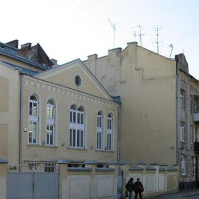 В главную львовскую синагогу бросили коктейль Молотова