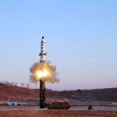 Запущенная из КНДР ракета упала в экономической зоне Японии