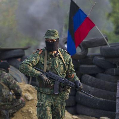 Оккупанты пополняют ряды боевиков работниками завода, которых оставили без работы