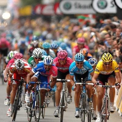 Невероятная победа на «Тур де Франс» за счёт шести миллиметров и 0,0003 секунды