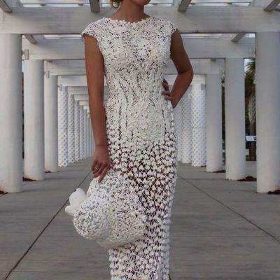 Дизайнеры удивили невероятными свадебными платьями из туалетной бумаги (фото)