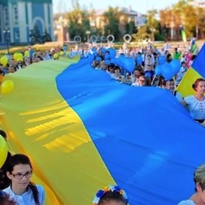 «Подвинули ад на десятки километров»: три города на Луганщине празднуют годовщину освобождения