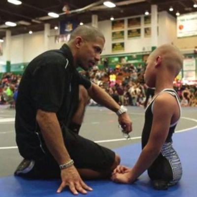 9-летний мальчик, который родился без ног, стал чемпионом по реслингу