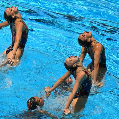 Федерация плавания дала новое название синхронному плаванию