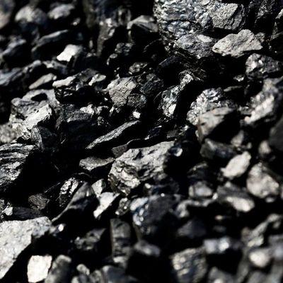На оккупированном Донбассе заметили передвижение грузовиков с углем