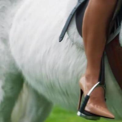 Модель Playboy из Крыма засветилась в клипе Бибера