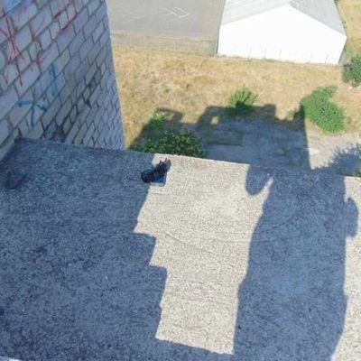 В Николаеве девушка прыгнула с крыши после суицида любимого