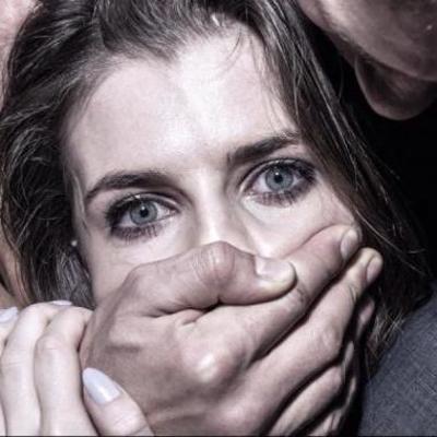 В Пакистане присудили парню публично изнасиловать сестру в знак мести