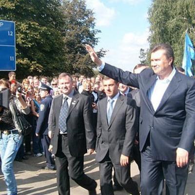 Прокуратура допросила экс-замглавы АП Януковича Чмыря