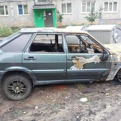 В Харькове подожгли автомобиль журналиста (фото)