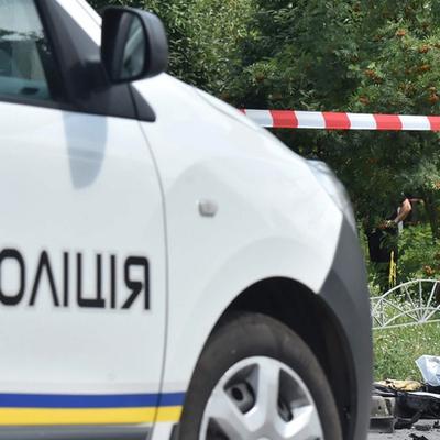 В Киеве авто врезалось в толпу, есть пострадавшие