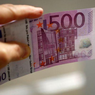 Евро подорожал на межбанке более чем на 20 копеек
