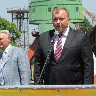 Гендиректор «Укрспецэкспорта» получил 1 миллион зарплаты