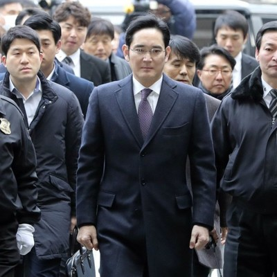 Главу Samsung все-таки арестовали