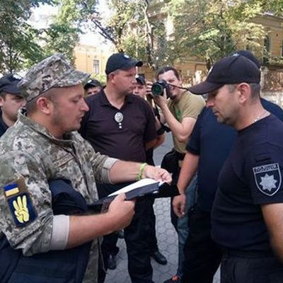 Атошник выставил Порошенко ультиматум: если он его не выполнит, в Киев стянут бойцов АТО