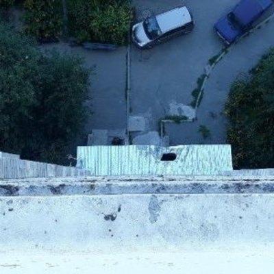В Днепре женщина разделась и совершила самоубийство (фото)