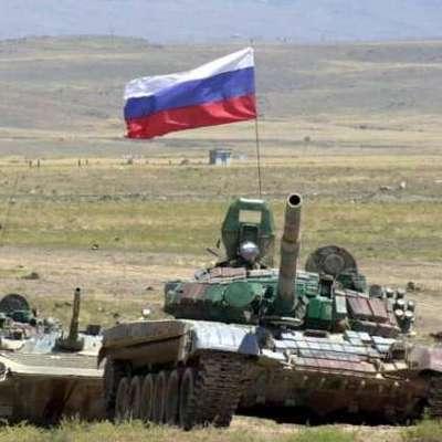 Стало известно, зачем Россия выдвигает к Украине танковую армию