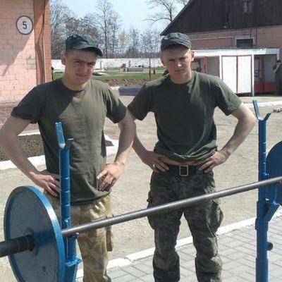 Братья по крови и оружию: в запорожской части служат близнецы (фото)